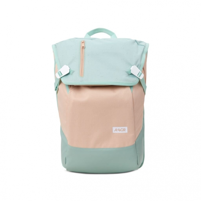 Batoh Aevor Daypack bichrome bloom 2019/20