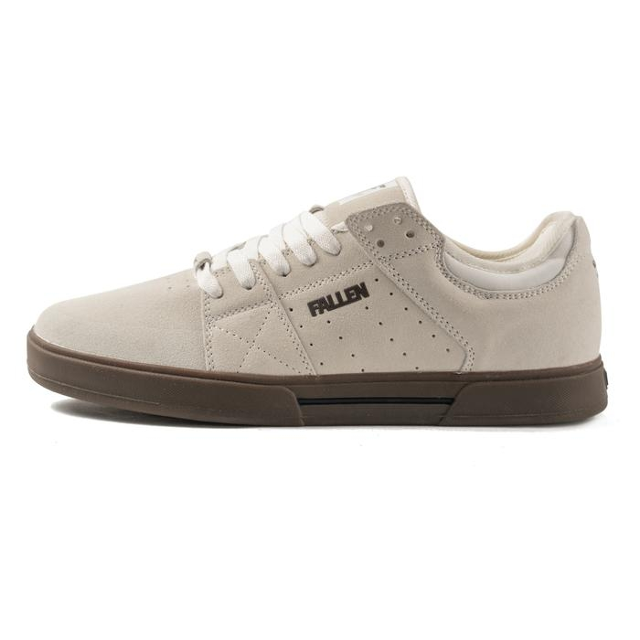 Boty Fallen Trooper white/dark gum 2020